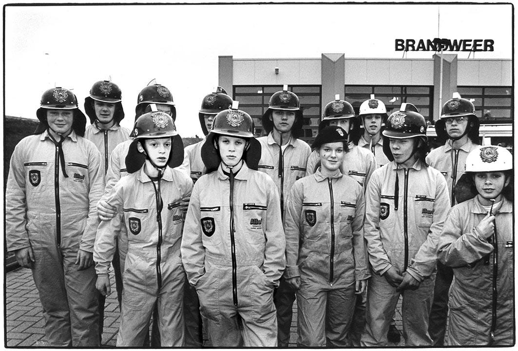1996- PUBLISHED NOT FORGOTTEN - Jongerenpagina Brabants Dagblad - Jonge leden vrijwillige brandweer, Zaltbommel - Young members volunteer fire brigade, Zaltbommel