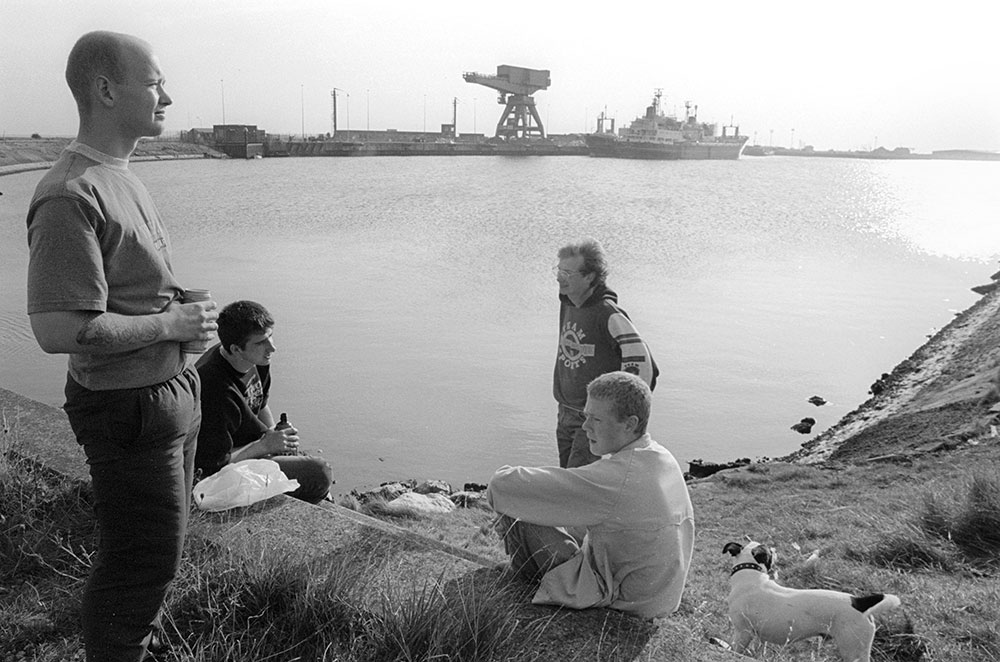 1994- SELLAFIELD NUCLEAR - Barrow Infurness, unemployed John [L] with friends, they worked in this port which, among other things, used for transshipment of nuclear waste destined for Sellafield