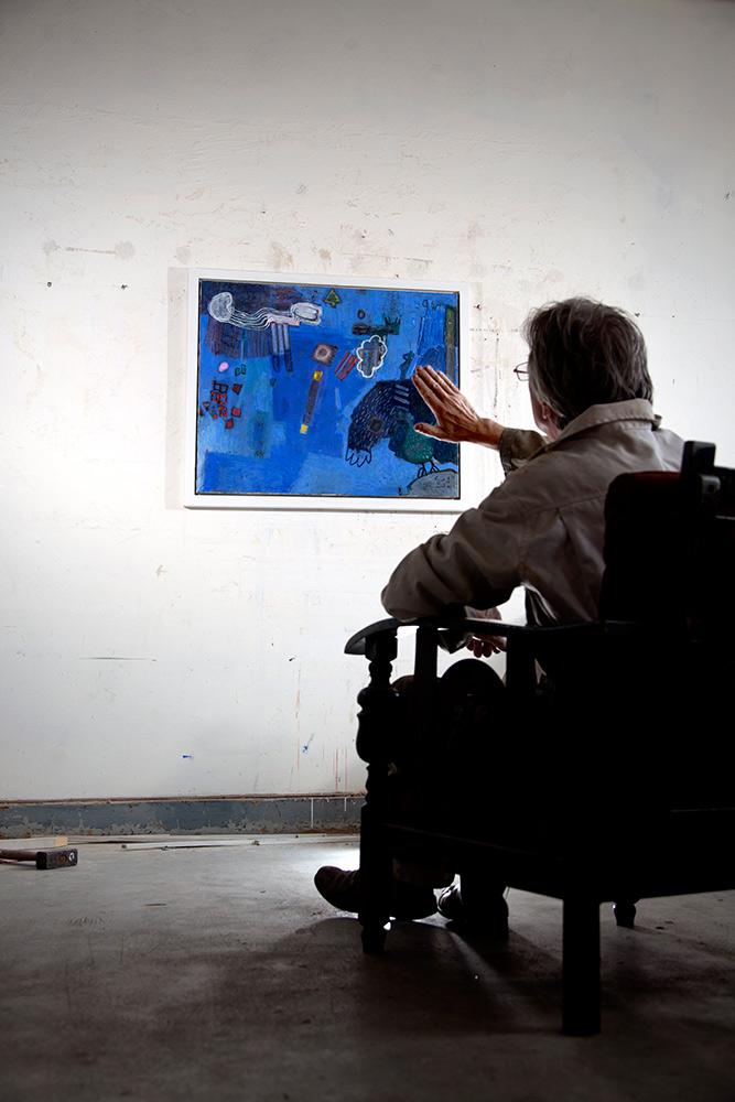2013 - BOEK JAN MOERBEEK - Portret Jan Moerbeek in atelier 2012, oorspronkelijk gepubliceerd in boek ATELIERS IN S-HERTOGENBOSCH / Portrait Jan Moerbeek in studio 2012, originally published in book ATELIERS IN S-HERTOGENBOSCH